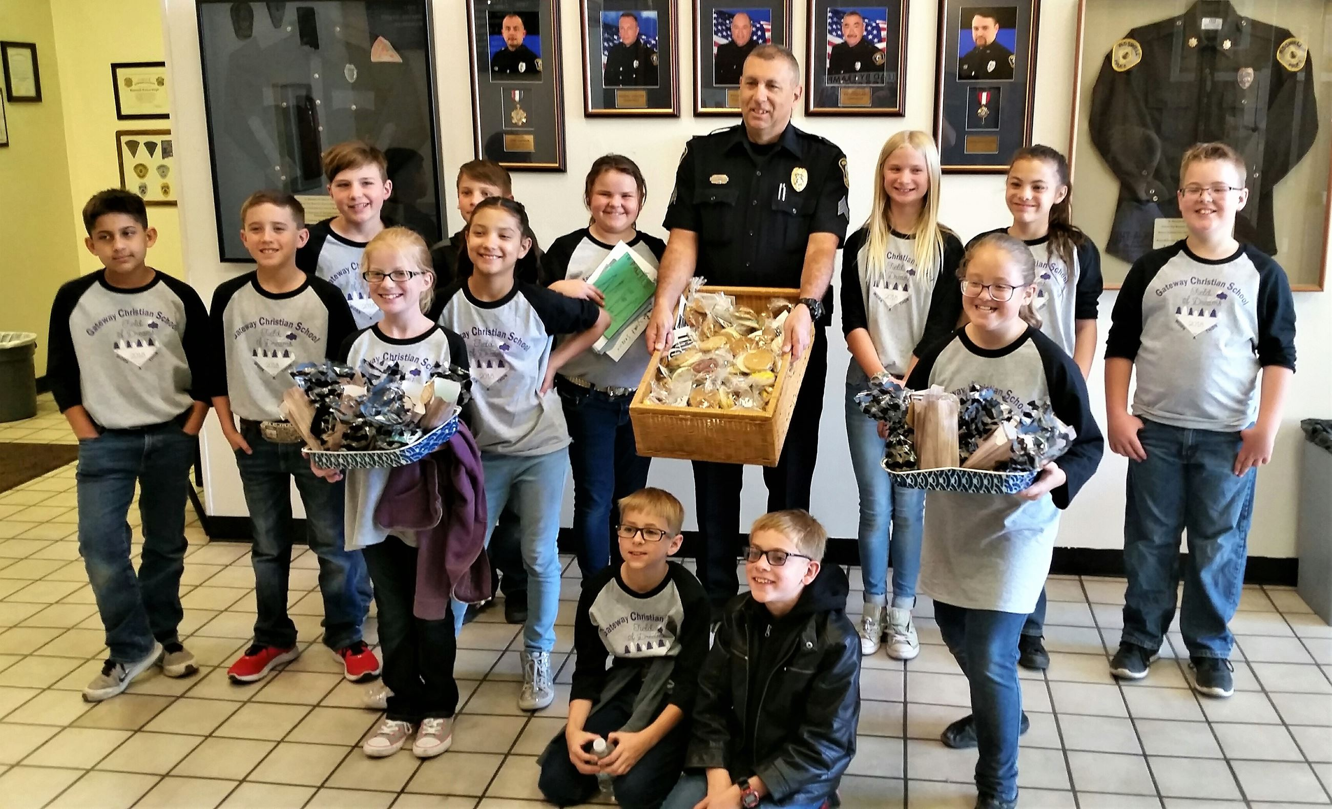 Gateway fifth-graders bring cookies (3-29-18)