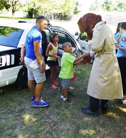 Kids Meet Crime Dog Mascot